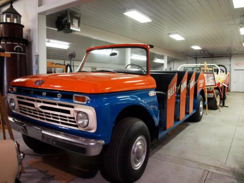 Car-SandBuggy-BillsDuneRides-Ford-Front&DriversSide-7228856-GREAT